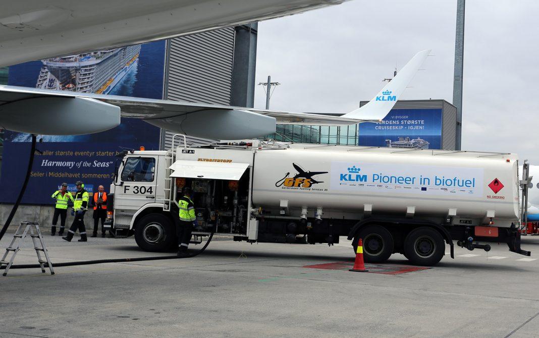 biofuel - Kraftstoff für Flugzeuge